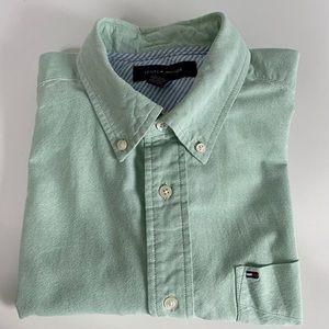 Tommy Hilfiger cotton button down shirt sz.M